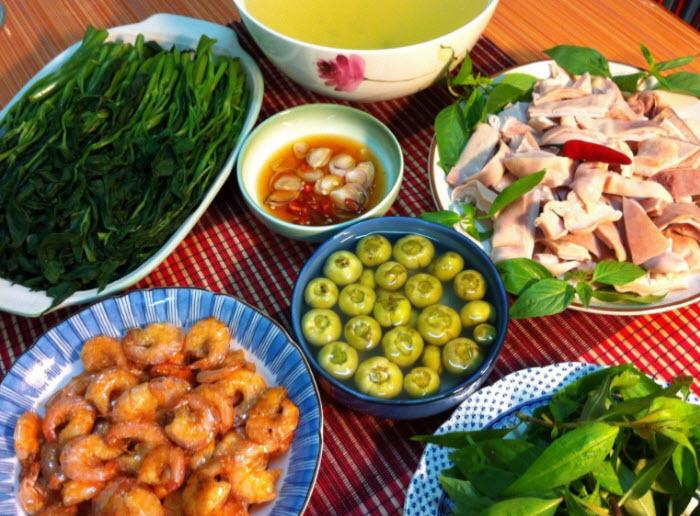 thuyet trinh ve bua com gia dinh em - Thuyết trình về bữa cơm gia đình em